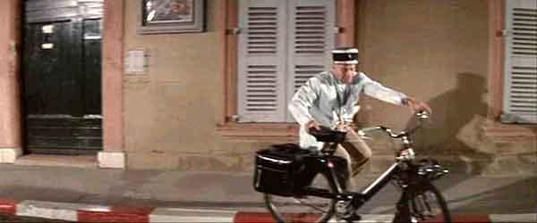 Le Gendarme en solex...