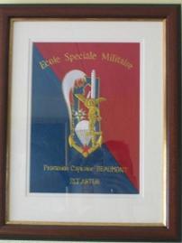 Cadre avec insigne de promotion brodé ; commande spéciale